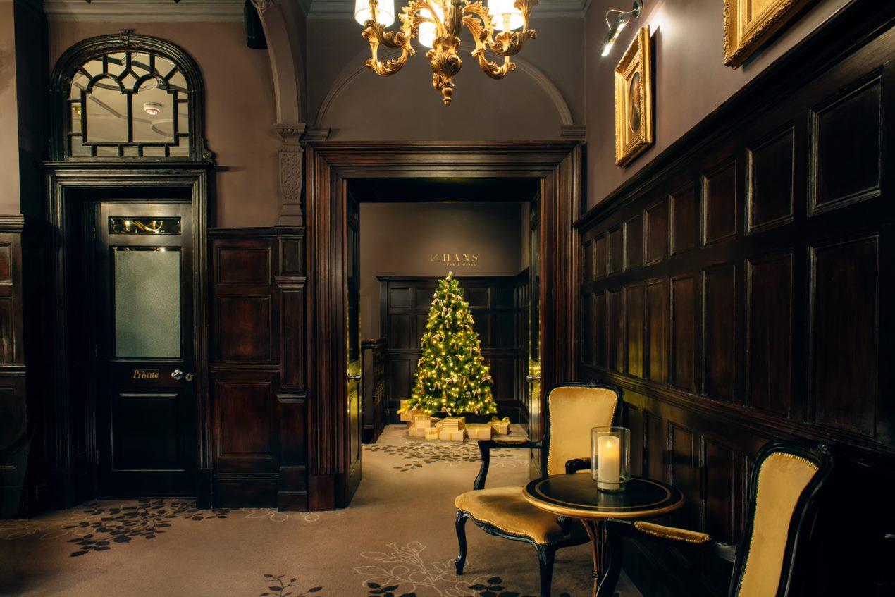 Christmas Decoration for 11 Cadogan Gardens Hotel